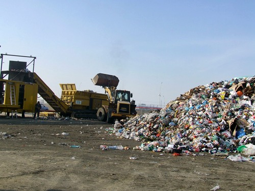 Se aşteaptă creşterea preţului la serviciile de colectare a gunoiului menajer