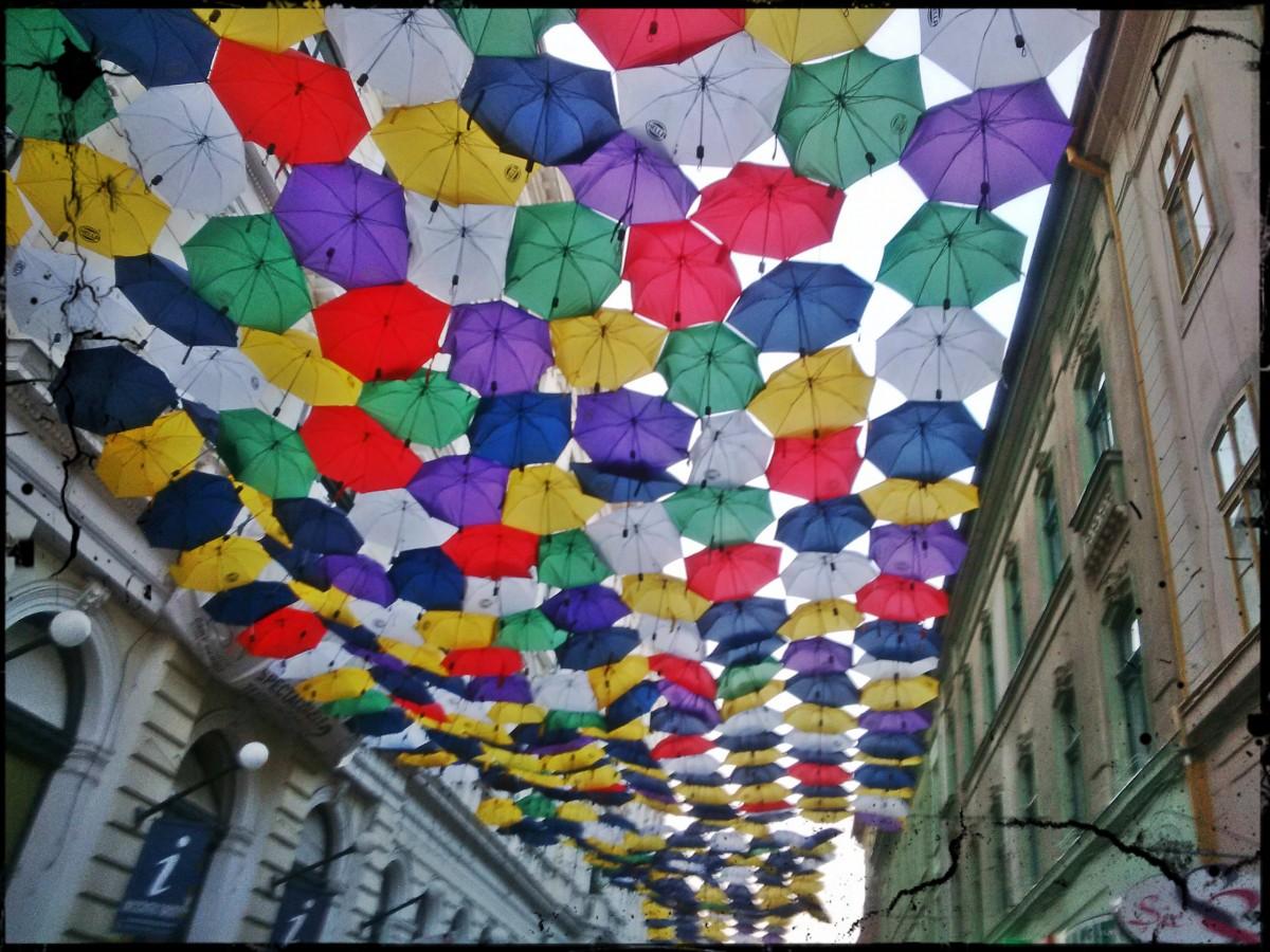 umbrele pe alba iulia