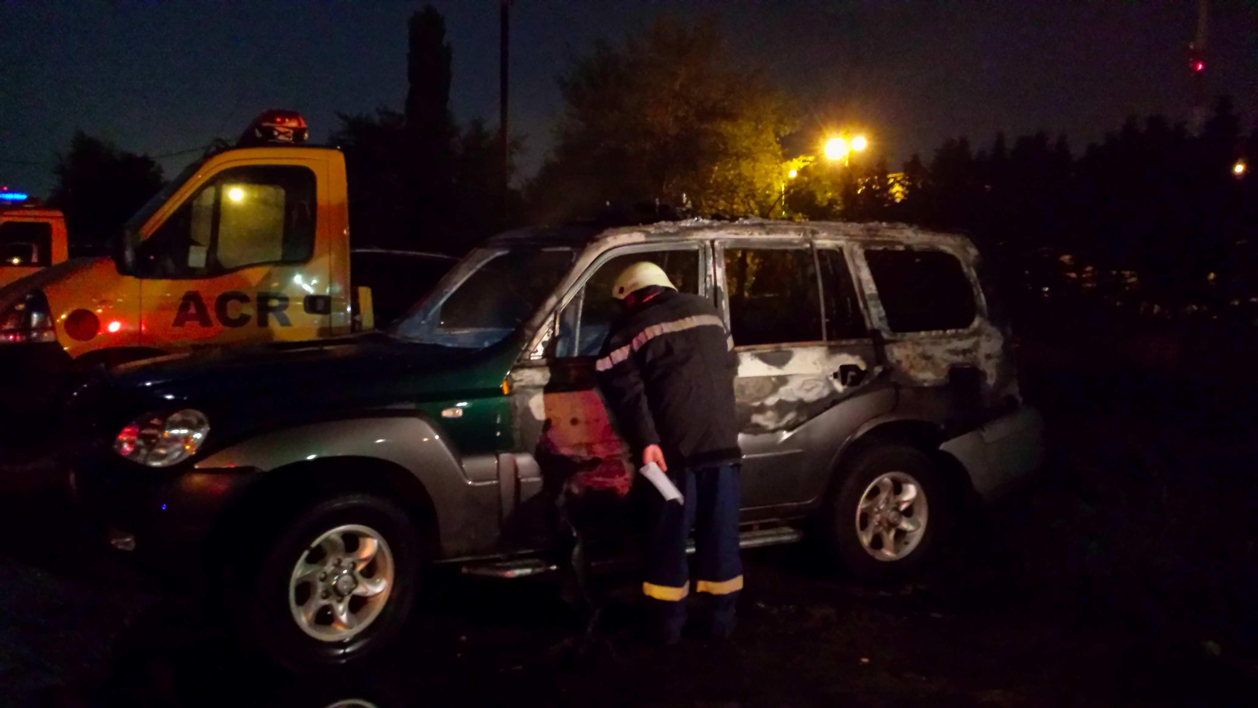 masina incendiata ingerii galbeni3