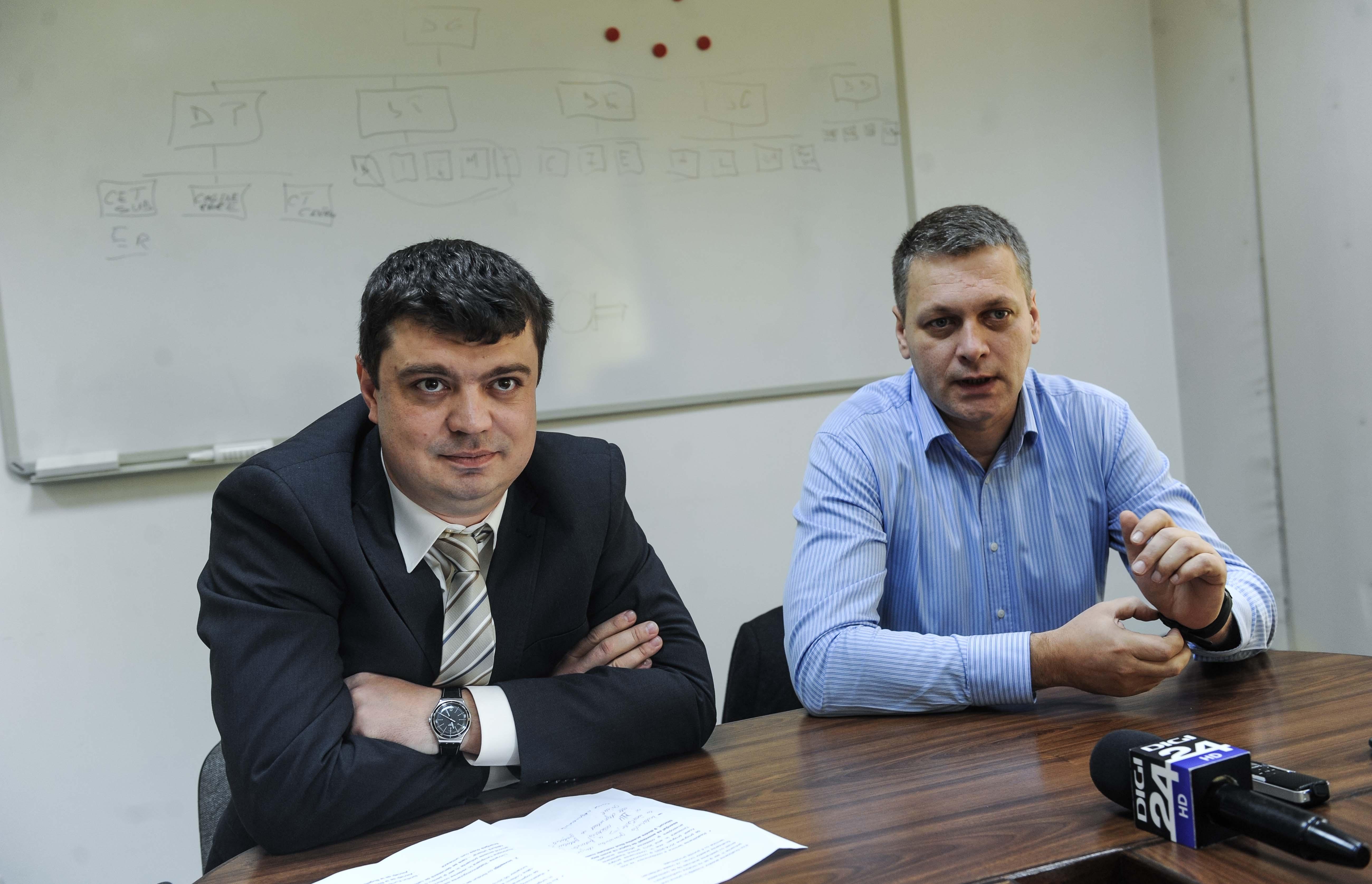 Emil Serpe director tehnic dezvoltare, Cristian Mircea dir general (dr)04