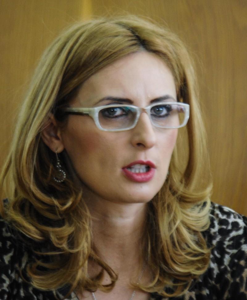 Aura Danielescu inspector general scolar adjunct (2)