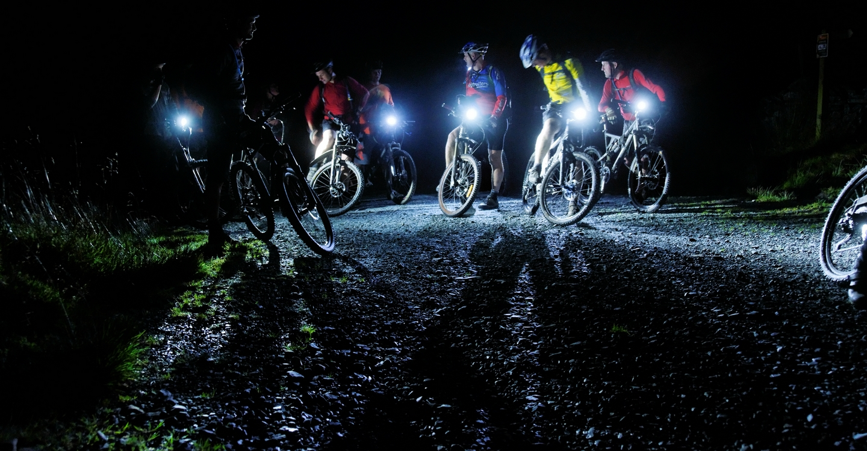 noapte pe bicicleta