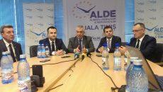 Tariceanu si patru fosti parlamentari ALDE