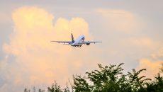 avion in zbor