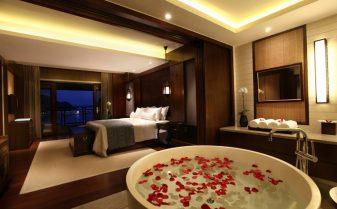 hotel taxa turism