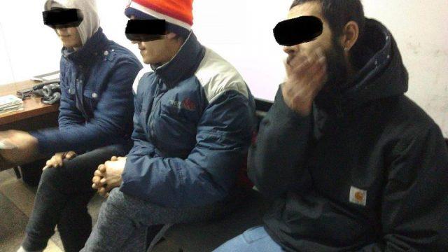 tineri hoți Complexul Studențesc