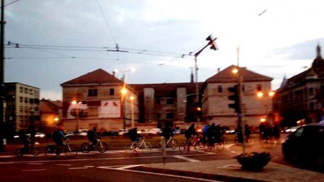 Pedalare critică, la Timișoara