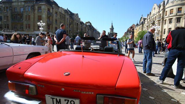 Parada mașinilor de epocă