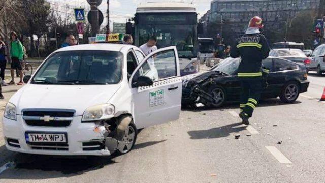 Accident rutier pe strada Arieș din Timișoara
