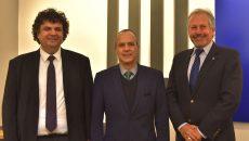 De la stânga la dreapta, conf.dr.ing. Florin Drăgan, ambasadorul Mexicului E.S. Jose Guillermo Ordorica Robles și prof. dr. ing. Marius Oteșteanu