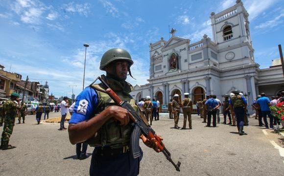 Asalt împotriva unei ascunzători a Statului Islamic, în Sri Lanka. Sursă foto: Gulliver / Getty Images