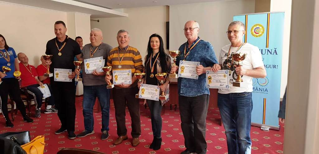 Polițiști locali, premiați la competiții sportive
