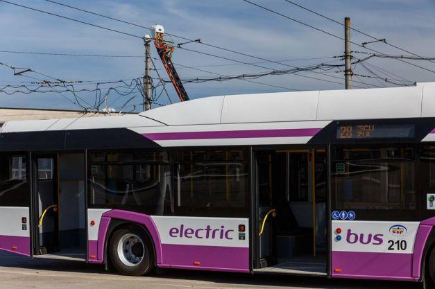 Deva primeşte cu bani europeni autobuze electrice, Hunedoara hibride
