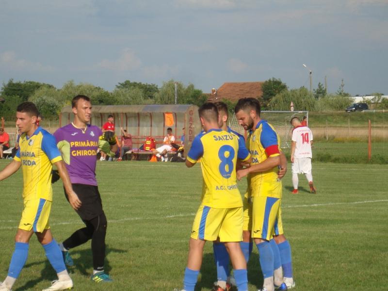 Ghiroda a dat de pământ cu ACS Poli în Cupă
