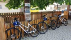 Biciclete la tara