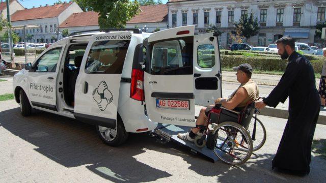 Fundației Filantropia a cumpărat un autoturism pentru persoanele cu scleroză multiplă