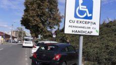 parcare pe locurile persoanelor cu handicap