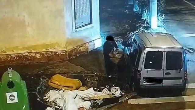 gunoaie in strada