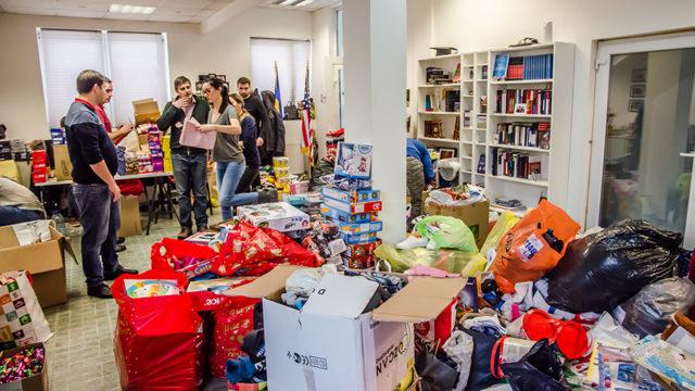 Caravana de Crăciun a Clubului Lions Timișoara Bastion