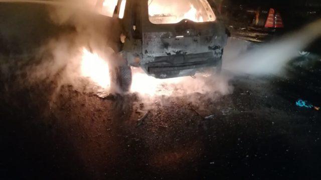 masina incendiata