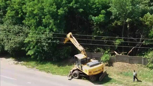 defrisari excavator