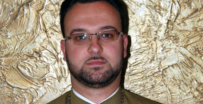 preot Radu Bogdan
