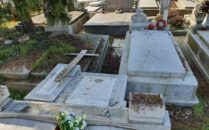 cimitir vandalizat