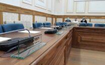Consiliul Local gol